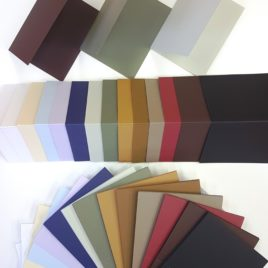 מארזי בסיסי נייר איכותי  לכרטיסי ברכה , 12 יחידות בגוון זהה בכל מארז, גודל 5.5 X8.5 אינץ, עם ביג- קו שקע עזר לקיפול