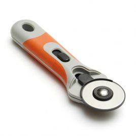 """סכין חיתוך גלגלת  קוטר 45 ס""""מ עם מגן בטיחות"""