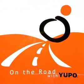 "YUPO נייר סינטטי לבן מט משקל 250 גרם גודל 32X46 ס""מ 10 יחידות במארז"